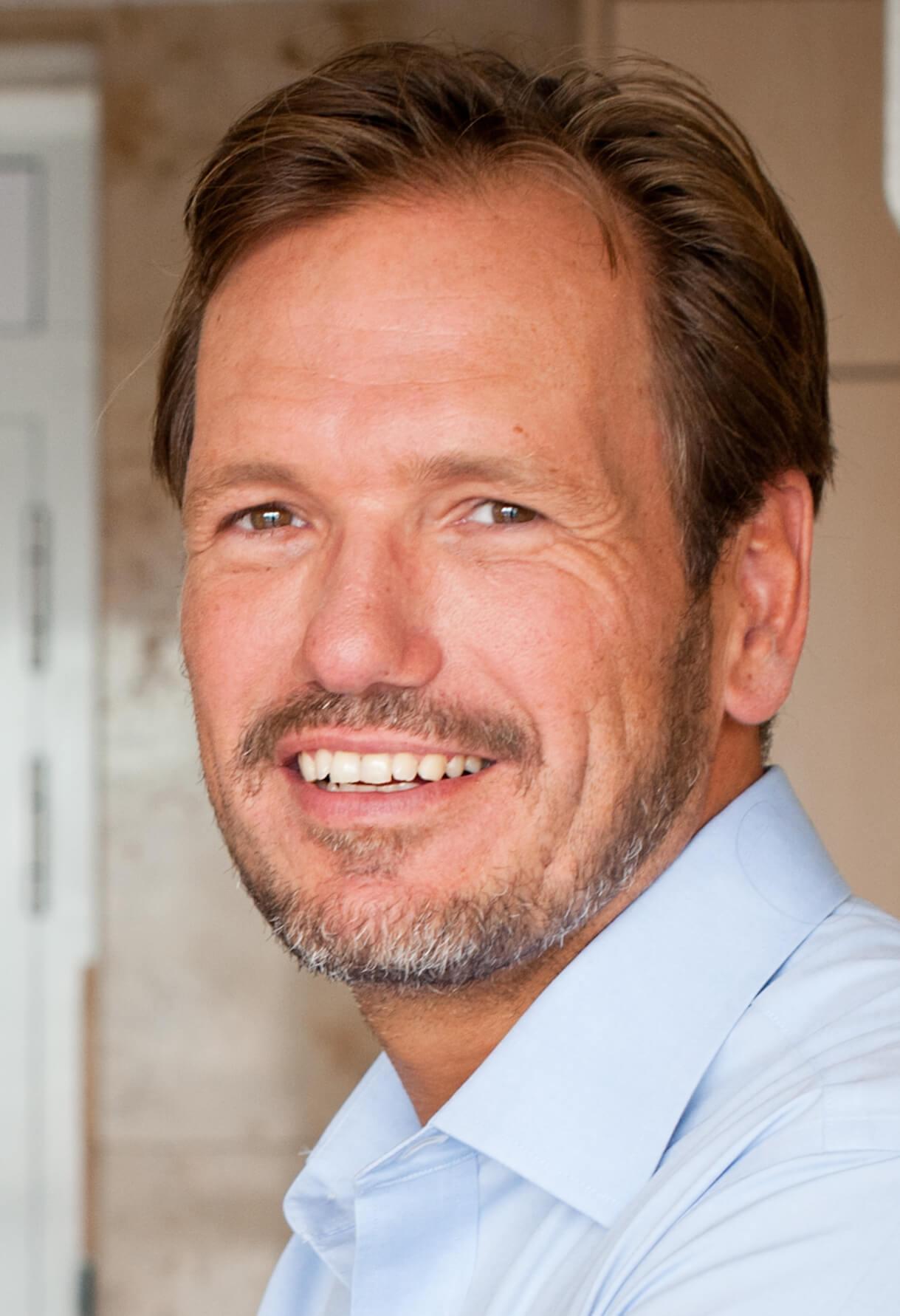 Dr. Jens Mueffelmann, Leiter Geschäftsführungsbereich Elektronische Medien der Axel Springer AG im Axel-Springer Gebäude in Hamburg, 16.08.2012 -